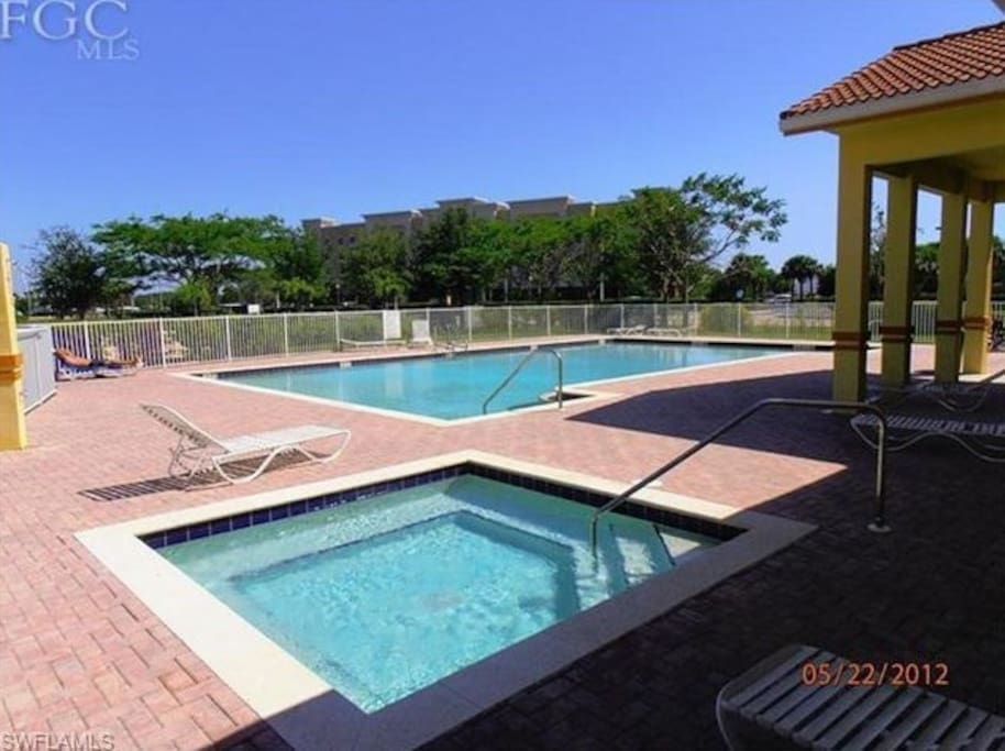 Here is the jacuzzi, pool, and chaise lounge chairs.
