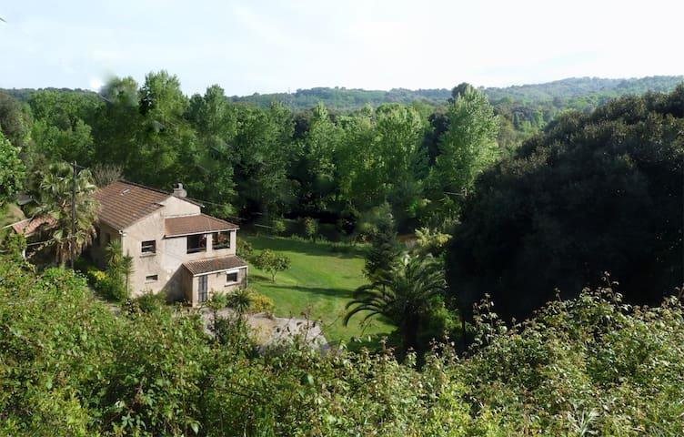 B & B  La Rivière -Chambres d'hôtes