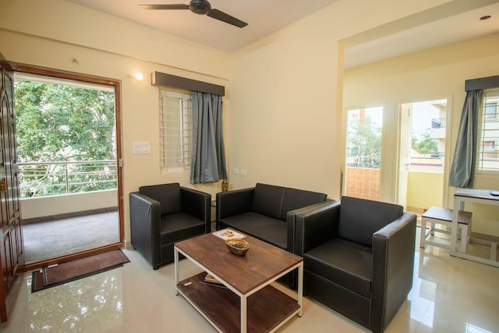 Entire 2 BHK with Homely Feel near BROOKEFIELDS