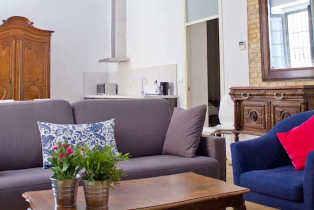 apto 5pax en el soho de sevilla rta a se 00111 appartements louer s ville andalousie. Black Bedroom Furniture Sets. Home Design Ideas