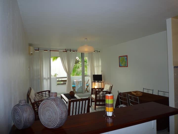 Spacious 2 rooms-Boucan Canot Beach