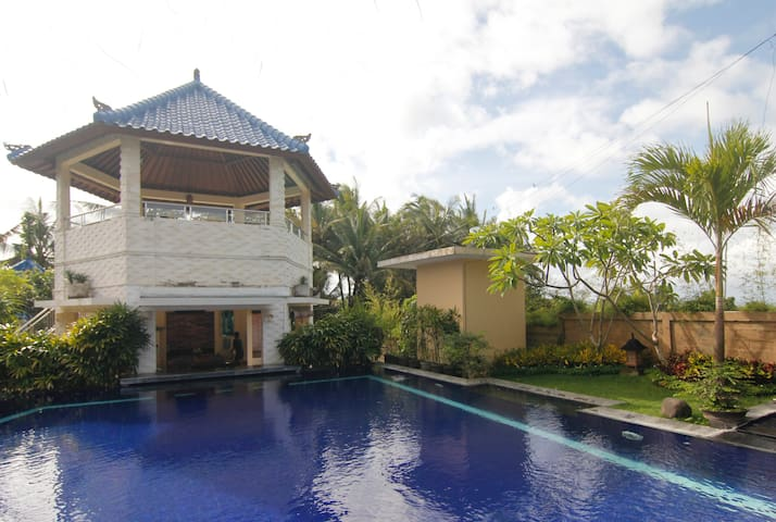 V.I.P. Villas 3bedrooms Villas - Mengwi - Apartment