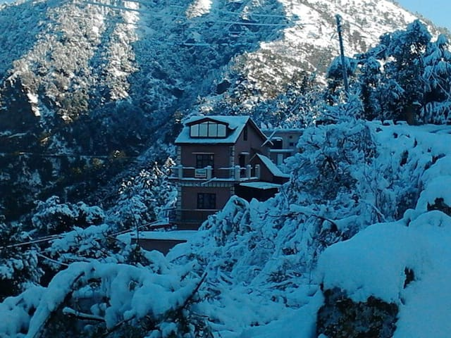Homestay in the hills of Shogi - Shoghi