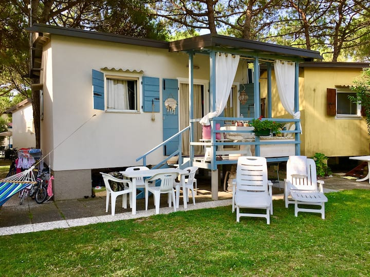 Cottage a Jesolo (zona Cortellazzo).