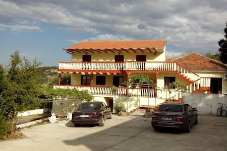 Studio with Sea View and outdoor pool (4 persons) - Stari Bar