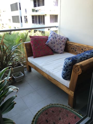 Balcony Daybed