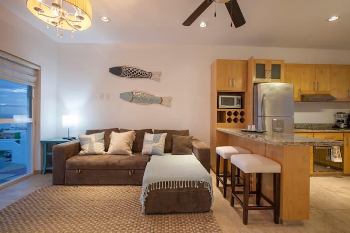 Bay view cozy condo