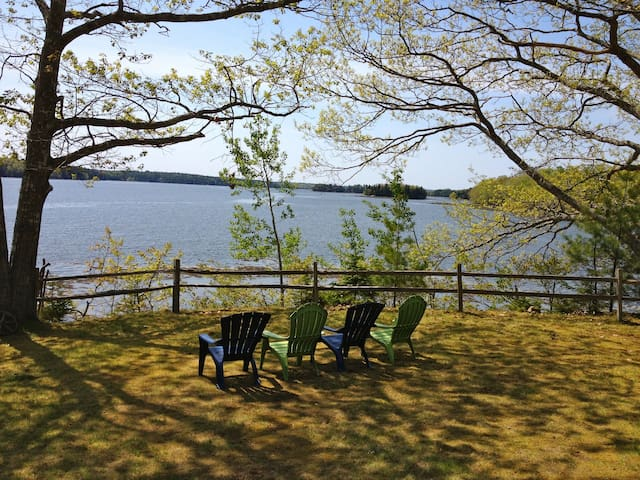 Spear's Point Cottage On The Bay - Penobscot - Casa