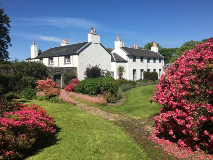 Georgian House in stunning grounds - Isle of ISLAY
