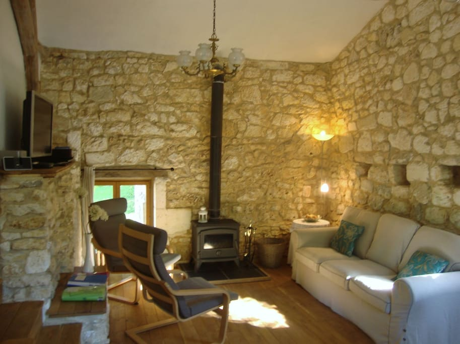 The sitting area, with log burner.