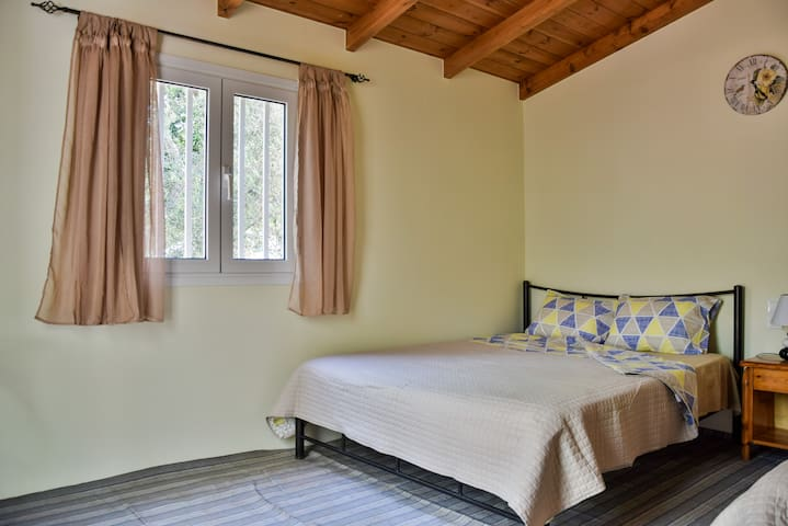 Camping Chania- Bungalow with shared WC