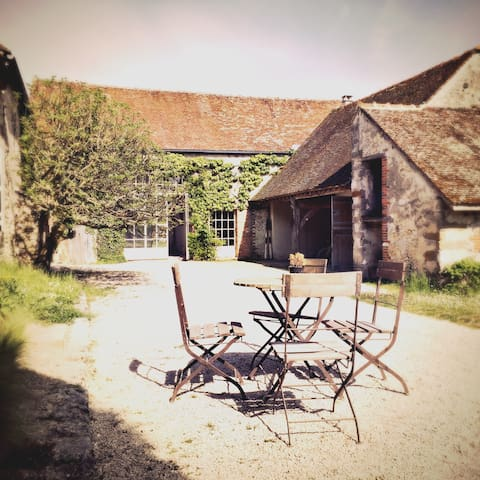 Ancienne ferme rénovée proche de Provins