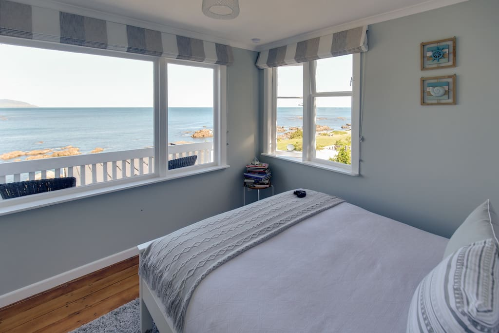 """My first review """"Our favorite part was the large window -we watched the ocean while lying in bed in the morning"""""""