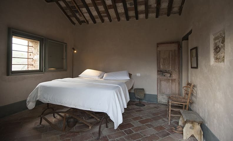 Double Rooms with great views & organic breakfast - Torrita di Siena - Bed & Breakfast