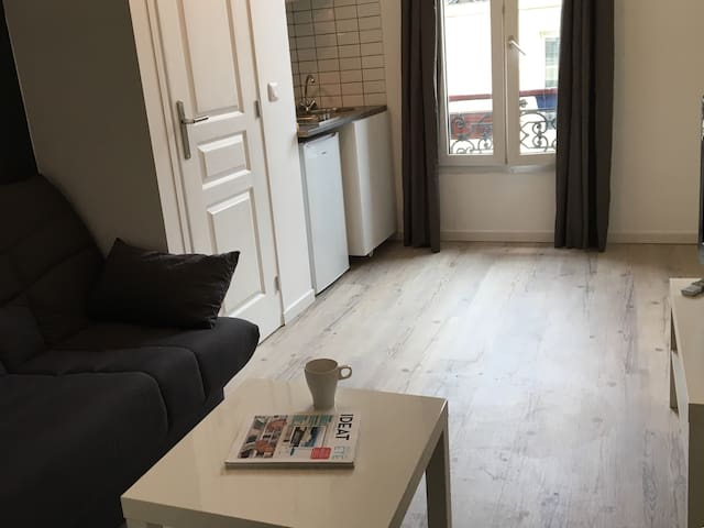 Renovated cosy studio near Bastille and Charonne