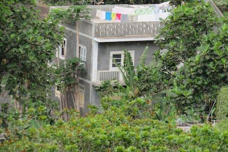 Terraço com vista fantástica em Santo Antão - Figueiral de Cima
