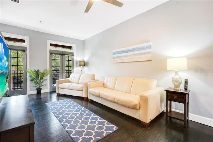 Townhouse in the Trendiest District of Orlando