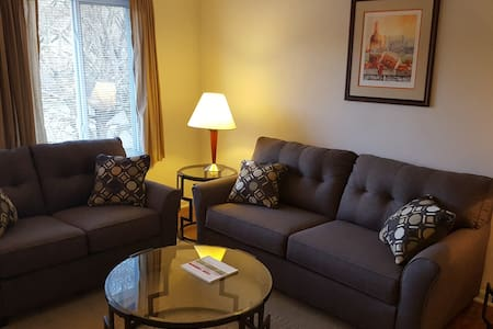 Hokie Home - 3 bedroom condo with all you need! - Blacksburg