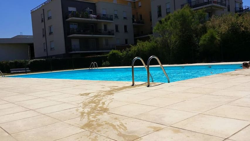 appartement residence piscine - Cournon-d'Auvergne - Apartament