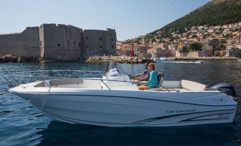 Boat + Apartment Loreta 2 - Vranjic
