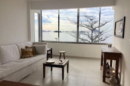 Beautiful Ocean View Beach House/Apt in Vidigal