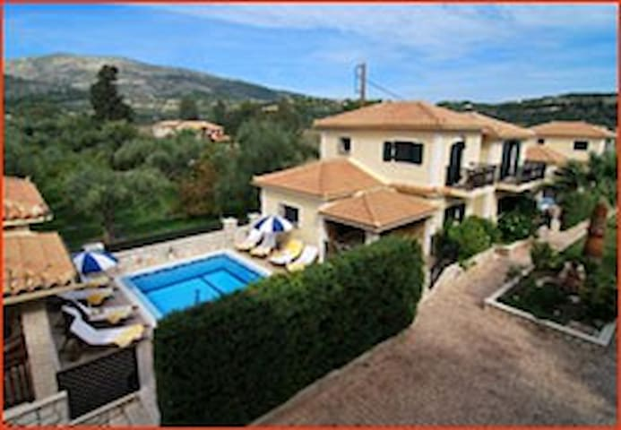 K villas for 6 in Zakinthos - Limni Keriou - Huvila
