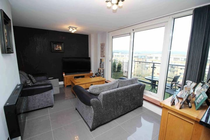 UEFA Final 2 bed stylish apartment - Cardiff - Apartament