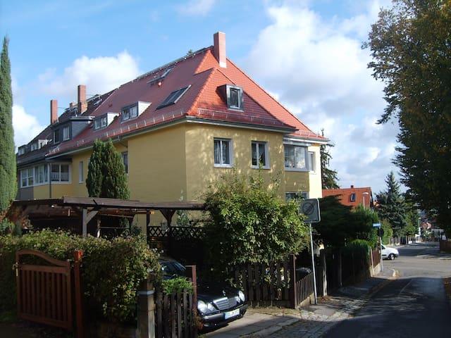 Ferienwohnung mit Blick auf Dresden - Dresden - Wohnung