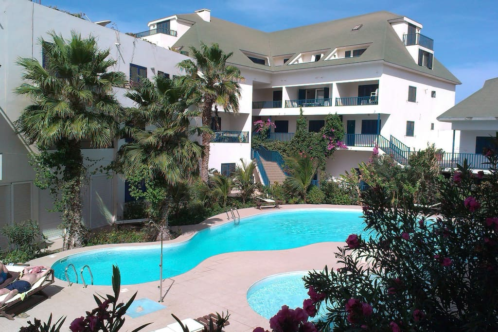Spacieux appartement piscine et plage appartements for Breistroff piscine cap vert