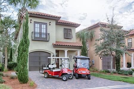 The Getaway offers 4 bedroom & 4 bathroom Sandestin Home in Villa Lago with 2 Golf Carts Included!!! - Miramar Beach