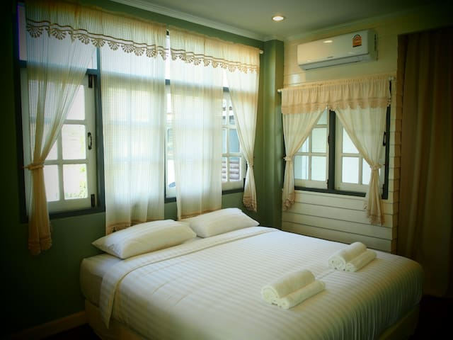 ฺBan Ing Yom Bed&Breakfast - Tambon Thani - Bed & Breakfast