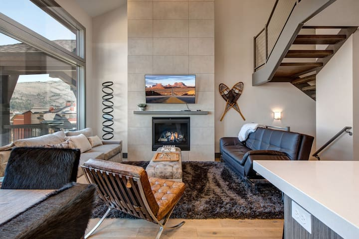 Ski/Golf Oasis, Private Mtn. Luxury Townhome at Canyons | Abode at Juniper Ridge