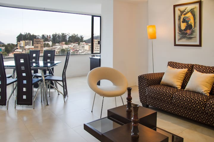 2 BR - Amazing view only 15 min to the Old City - Quito - Pis