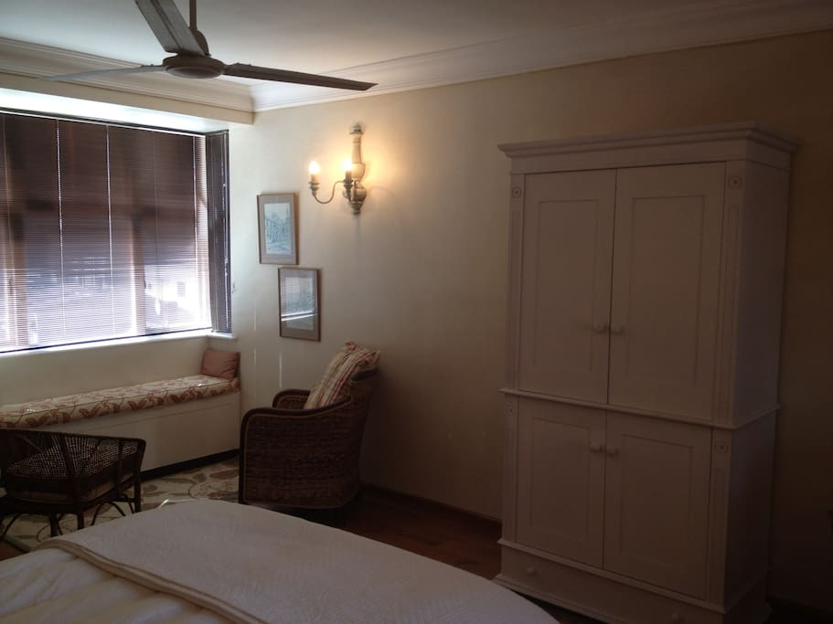 Bachelor Apartment In Greenpoint