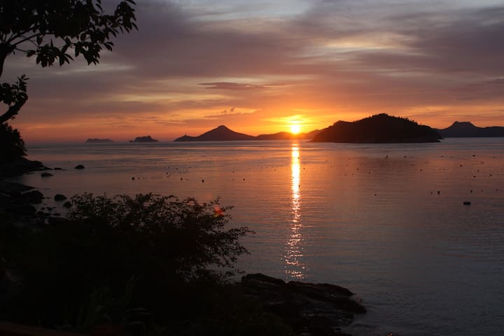 Look at the most beautiful sunset  - Jindo-gun