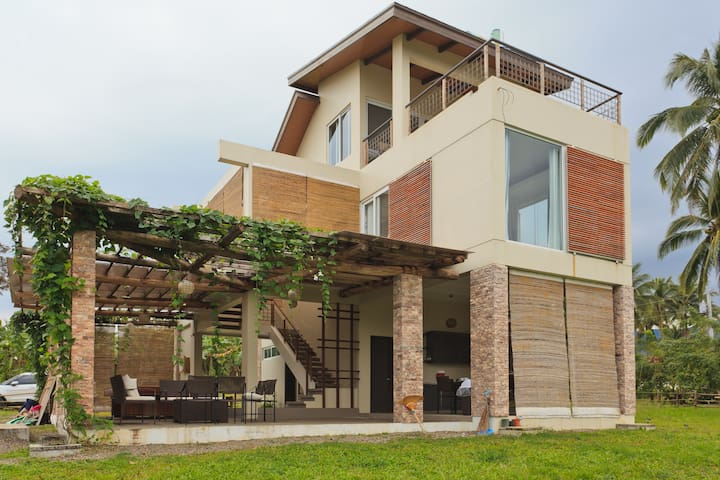 BEACON HOUSE - 3 BR House in Sinagtala Farm Bataan - Orani - Дом