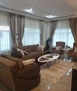Ensuite Double Room in Beautiful House,  Abuja