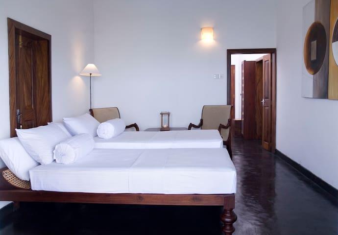 St Annes Lagoon House - Standard Room - Kalpitiya