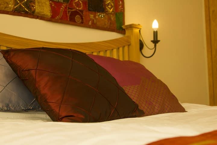 King En-suite, Rowledge, Farnham