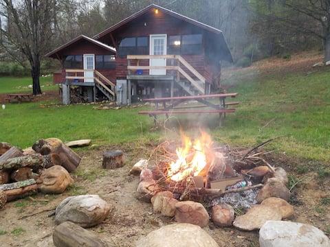 Cabin #2 Buffalo Gap Retreat