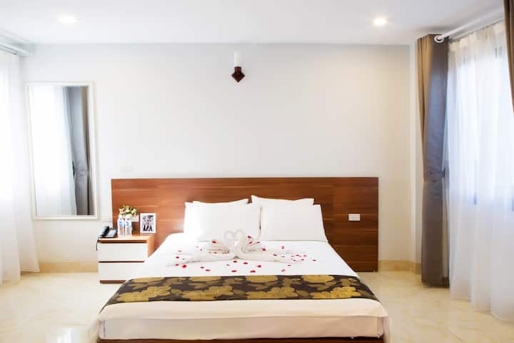 SUPER BUDGET | MODERN & COZY ROOM | HANOI CENTRAL
