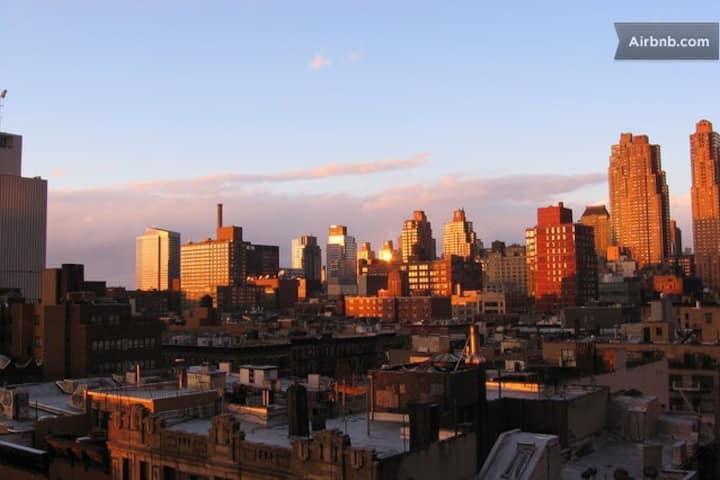 Luxury-Spacious-Times Square-Bright-City Views