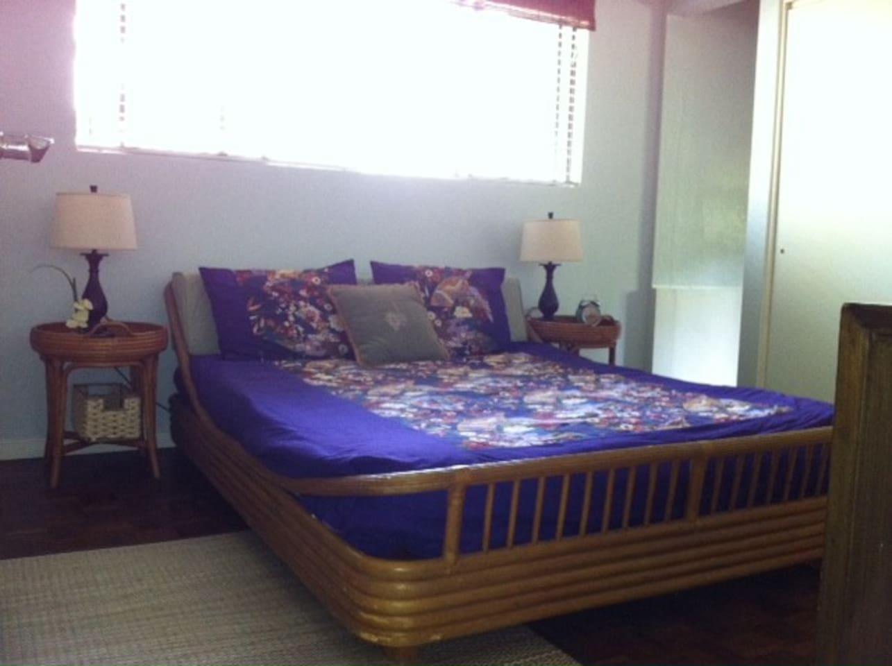 Comfortable queen bed in the bedroom