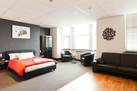 Manchester Centre Hotel Suite - Manchester - Penzion (B&B)