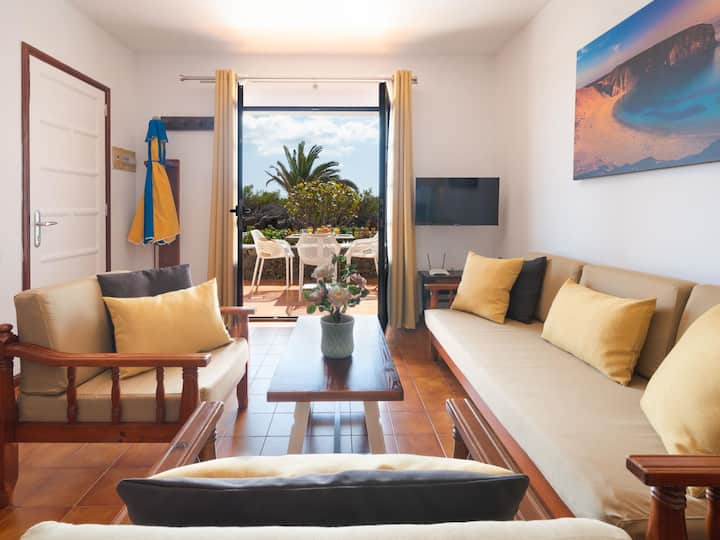 Charco del Palo apartments no. 27, only 170 from the sea in complex with pool