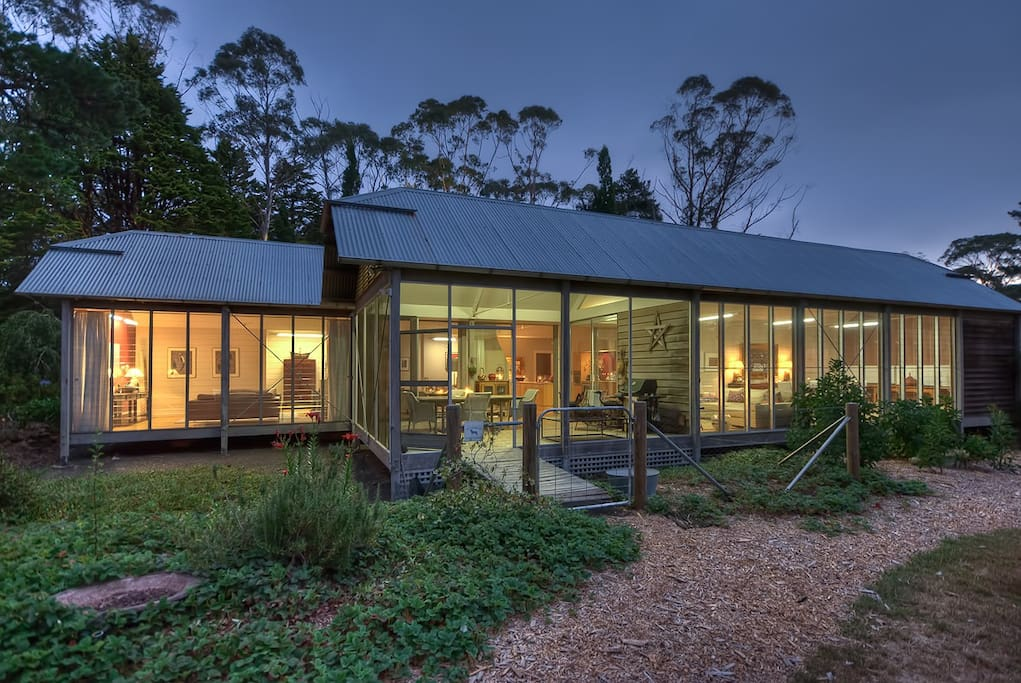 Rear of House with Glenn Murcutt Pavilions