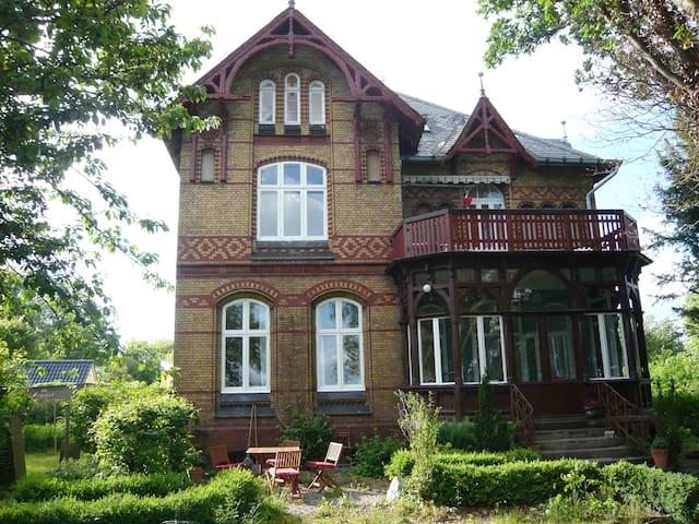 Villa Eck Eutin Dachgeschosswohnung
