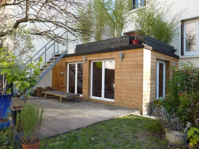 Nice studio with garden, near Paris - Deuil-la-Barre - Lägenhet