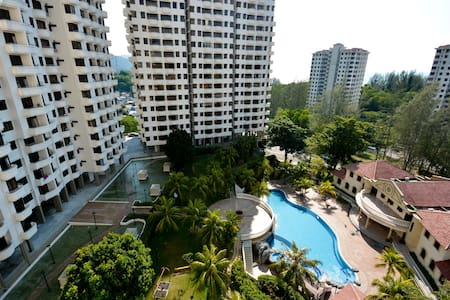 Resort area for reasonable price - Batu Ferringhi