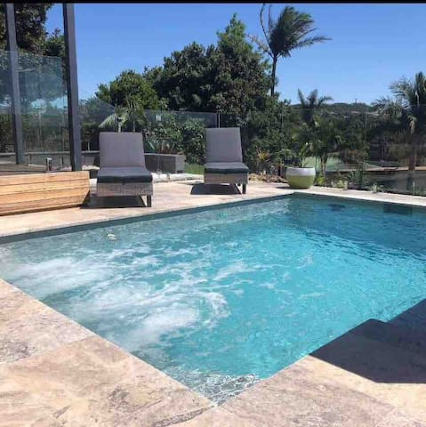 Mineral Therapy Plunge pool & spa Jets